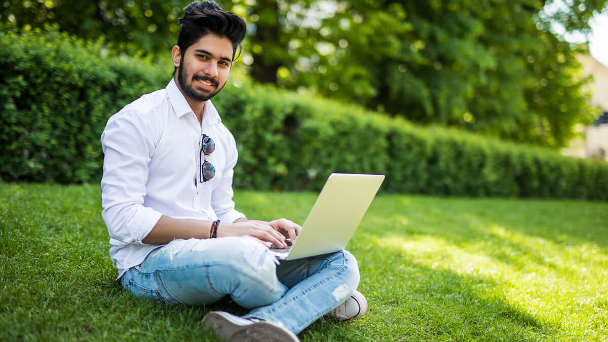 6 Reasons Why International Students Should Learn Online